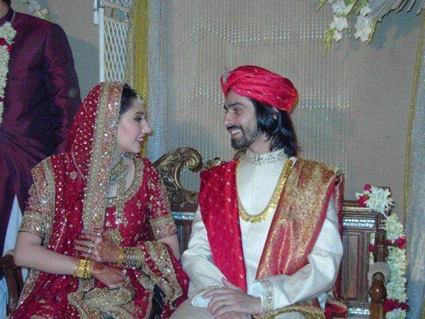 mahira-khan-with-husband-8