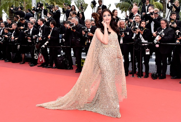 aishwarya-rai-in-cannes-2016- (29)