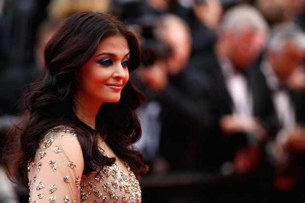 aishwarya-rai-in-cannes-2016- (31)