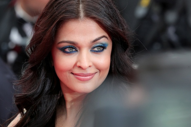 aishwarya-rai-in-cannes-2016- (4)