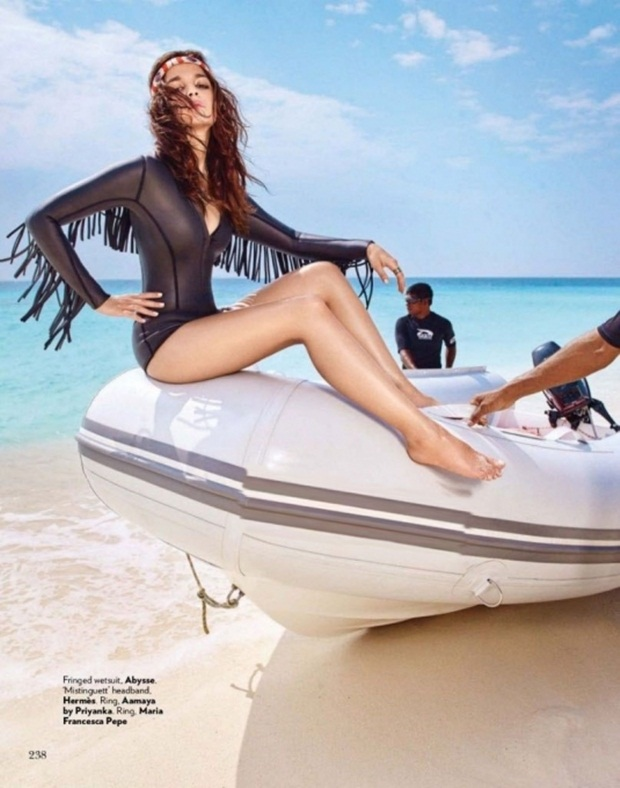alia-bhatt-and-sidhrath-malhotra-photoshoot-for-vogue-magazine-march-2016- (5)