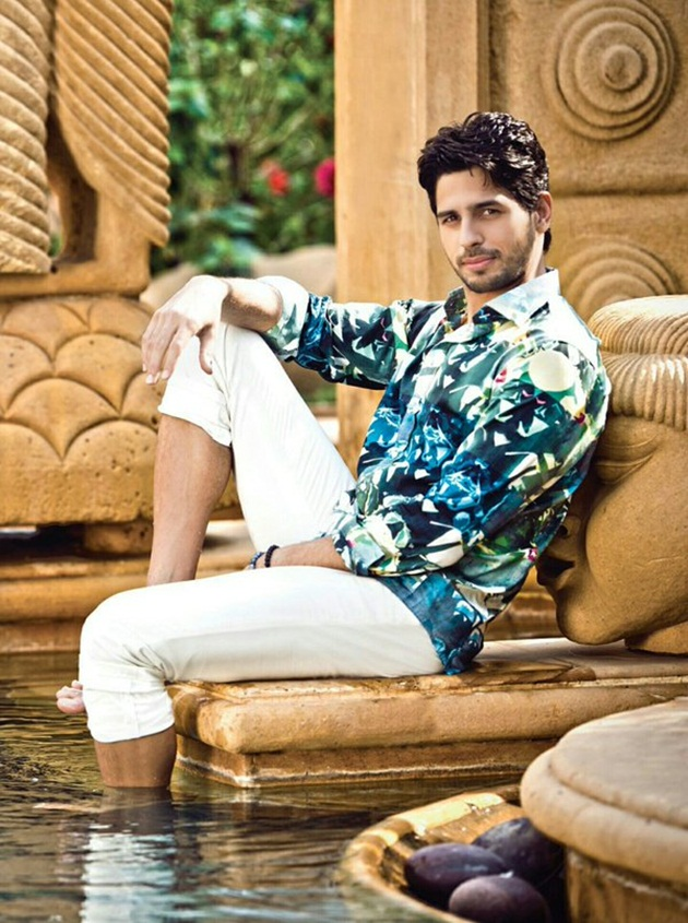 sidharth-malhotra-photoshoot-for-noblesse-magazine-april-2016- (5)
