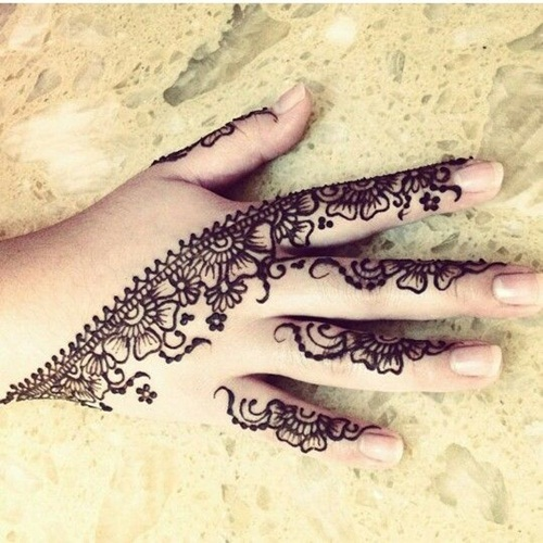 beautiful-mehndi-designs-for-fingers- (16)