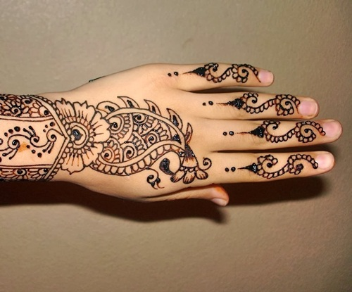 beautiful-mehndi-designs-for-fingers- (20)