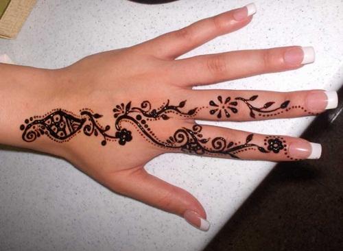 beautiful-mehndi-designs-for-fingers- (31)