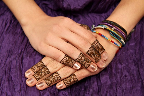 beautiful-mehndi-designs-for-fingers- (36)