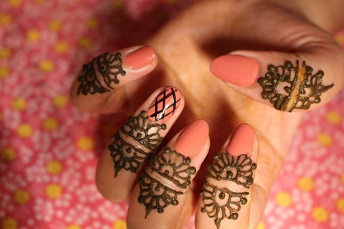 beautiful-mehndi-designs-for-fingers- (43)