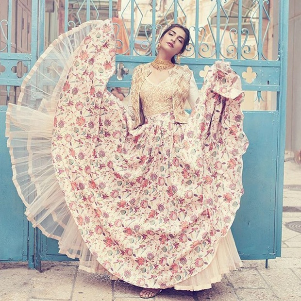 sonam-kapoor-photoshoot-for-harper-bazaar-bride-magazine-july-2016- (12)