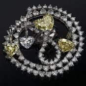 Elegant Jewelry With Precious Diamonds and Stones