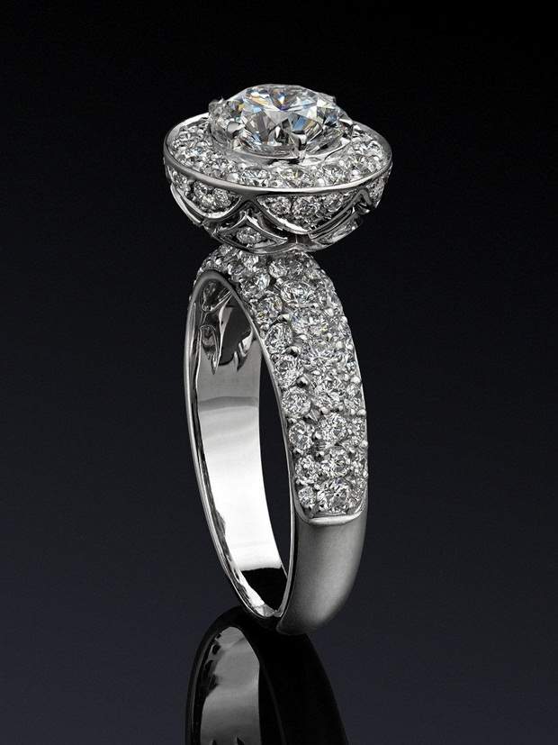 elegant-jewelry-with-precious-diamonds-and-stones- (4)