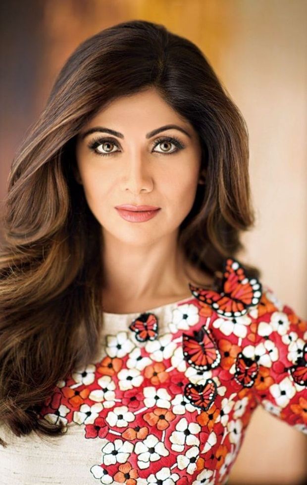 shilpa-shetty-photoshoot-for-hi-blitz-magazine-august-2016- (8)