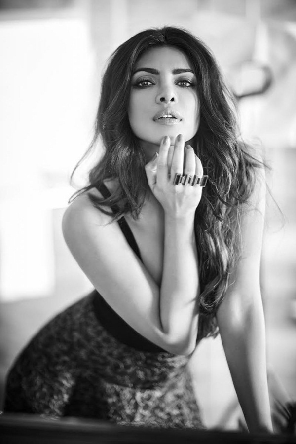 priyanka-chopra-photoshoot-for-filmfare-magazine-october-2016- (3)