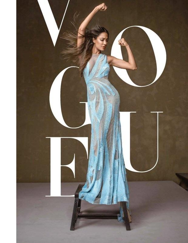 hrithik-roshan-and-lisa-haydon-photoshoot-for-vogue-magazine-january-2017- (4)