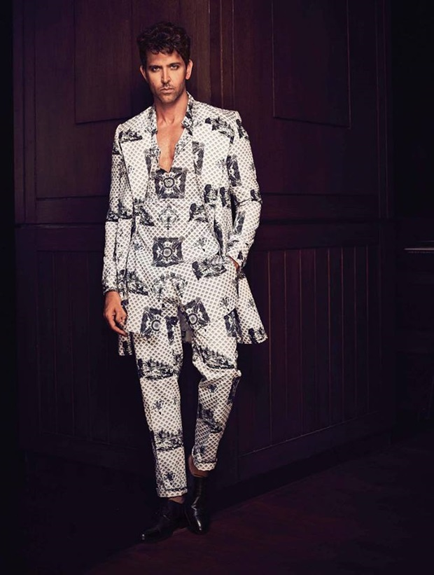 hrithik-roshan-photoshoot-for-filmfare-magazine-january-2017- (2)