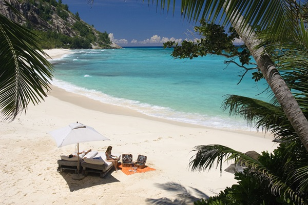north-island-hotel-seychelles- (6)
