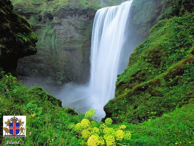 photos-of-beautiful-waterfalls-around-the-world- (18)