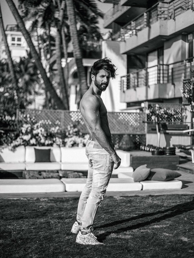 shahid-kapoor-photoshoot-for-filmfare-magazine-april-2017- (3)