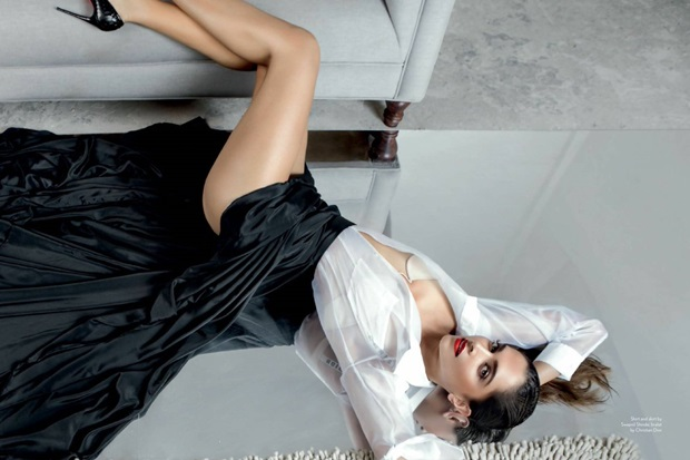 deepika-padukone-photoshoot-for-maxim-magazine-june-2017- (1)