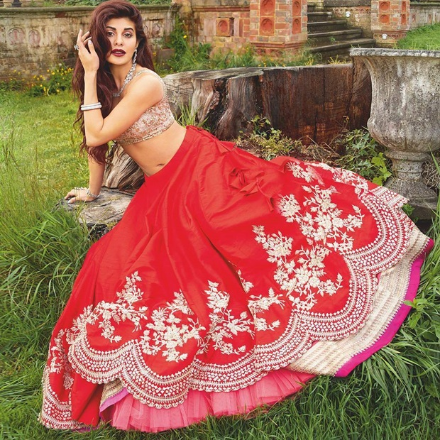 jacqueline-fernandez-photoshoot-for-harpers-bazaar-bride-magazine-june-2017- (2)