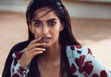 sonam-kapoor-photoshoot-for-vogue-magazine-june-2017- (1)
