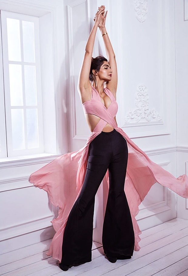 sonam-kapoor-stunning-photoshoot-for-shehla-khan-collection- (7)
