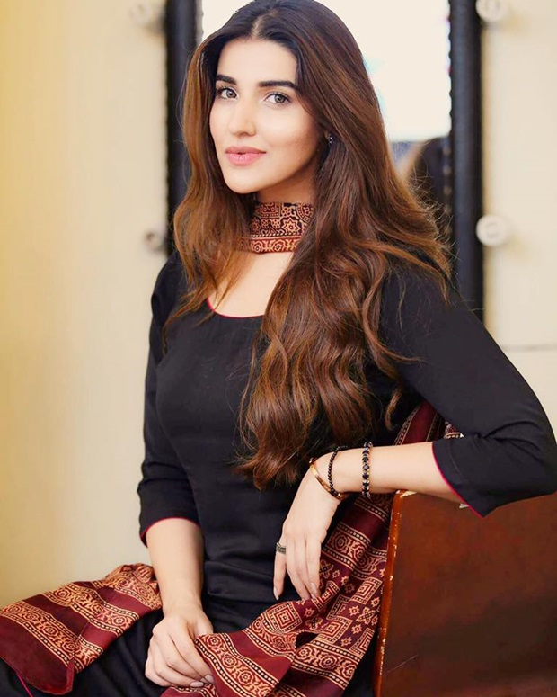 beautiful-pakistani-actress-hareem-farooq-photos- (7)