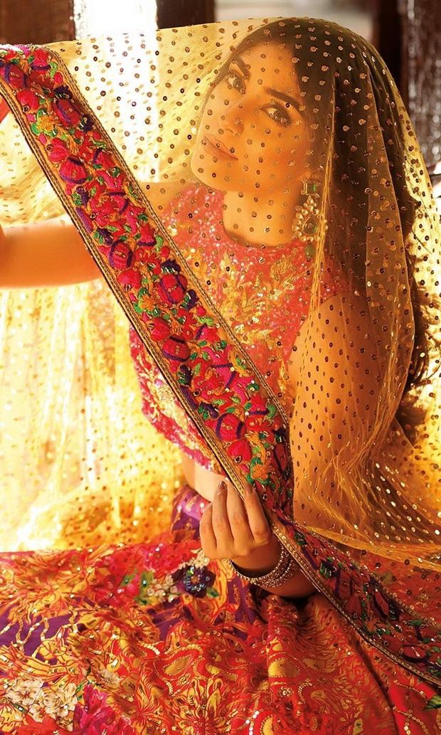 maya-ali-photoshoot-for-nomi-ansar-bridal-wear- (7)