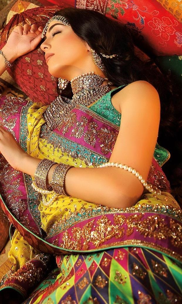 maya-ali-photoshoot-for-nomi-ansar-bridal-wear- (9)