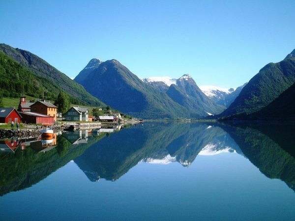 norway-fjords-wallpapers- (5)