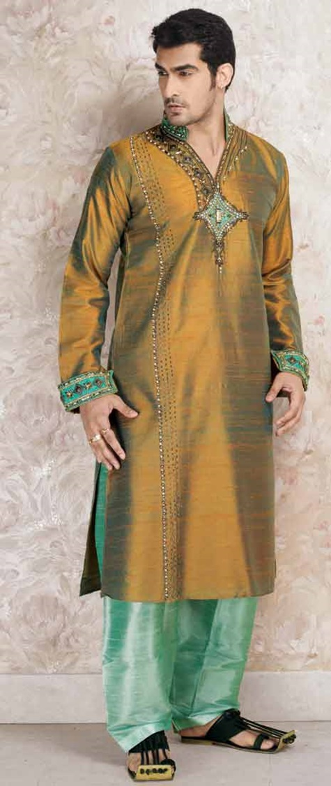 festive-pathani-suits-for-men- (11)