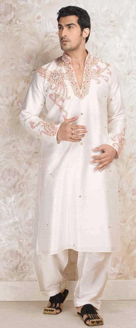 festive-pathani-suits-for-men- (7)